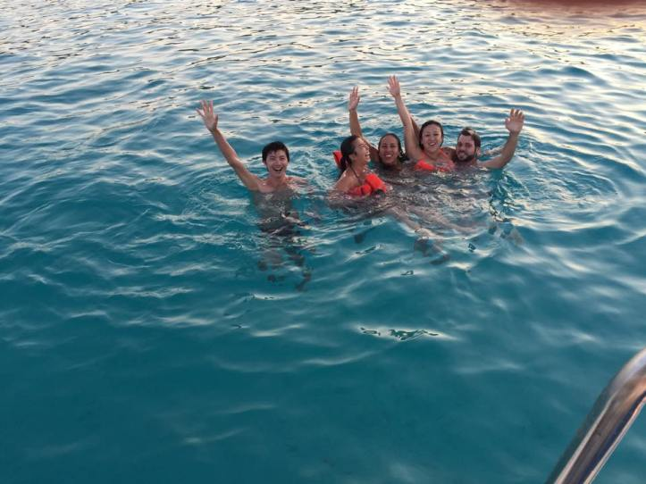 Galera nas águas cristalinas de Blue Lagoon - Ilha de Comino