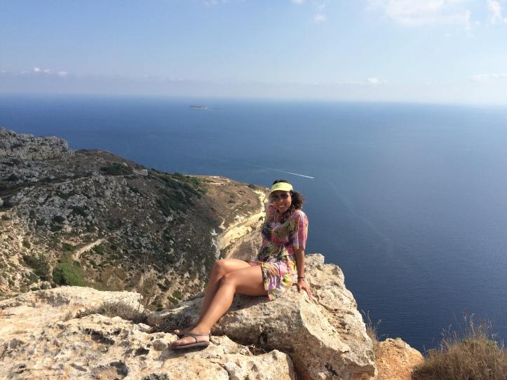 Na pontinha do penhasco em Dling Cliffs