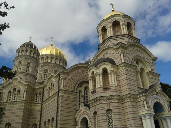 Catedral Ortodoxa de Riga - sua beleza (por dentro e por fora) me deixou impressionada!