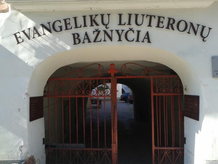 Acesso à Igreja Luterana Evangélica - bem escondida!