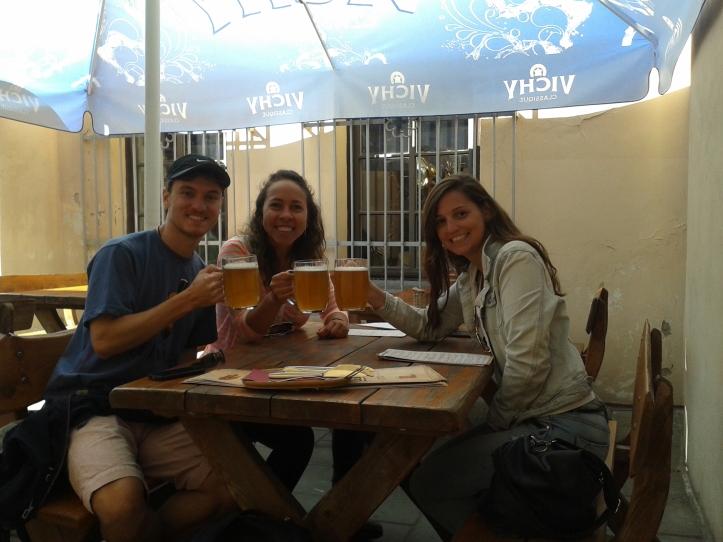 Almoço no restaurante Aline Leiciai com os novos amigos: Paula e Mauro