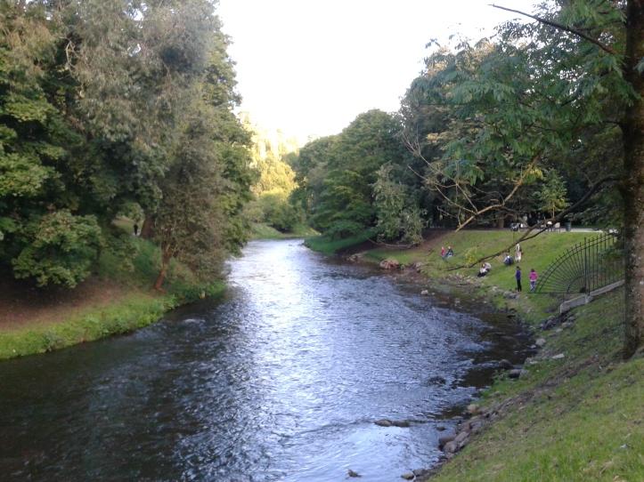 Rio Vilnele que corta o Parque Bernardine