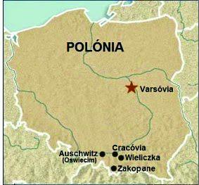 Mapa indicando a localização de Cracóvia, da Mina de Sal de Wieliczka e do campo de concentração de Auschwitz