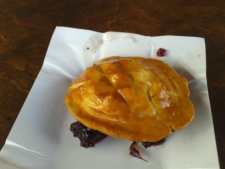 Oscypek Zurawina - queijo grelhado com geléia