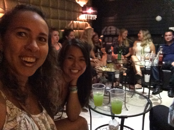 Início do pub crawl no Greg & Tom Party Hostel