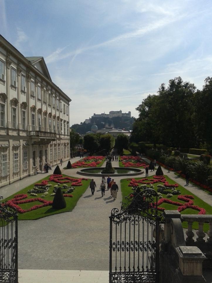 Jardins de Mirabell e Palácio de Mirabell