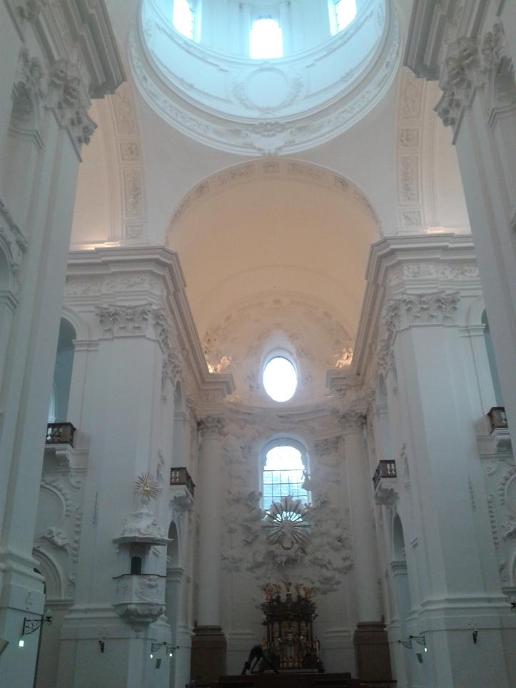 Kollegienkirche por dentro