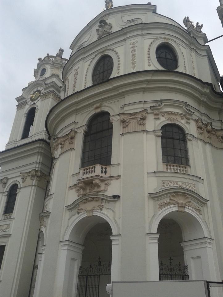 Kollegienkirche por fora