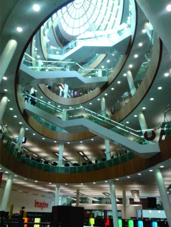 Biblioteca Municipal de Liverpool - um maravilhoso exemplar de arquitetura! Vale a pena a visita!