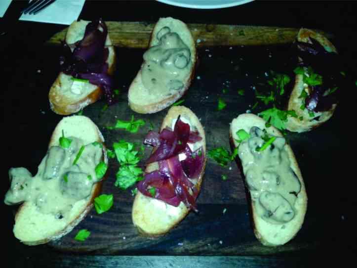 Tapas no La Tasca - restaurante espanhol super agradável