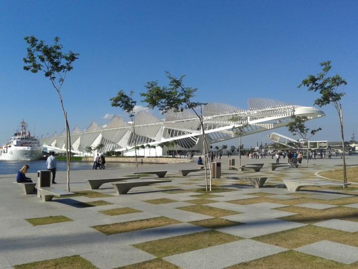 Praça Mauá reformada
