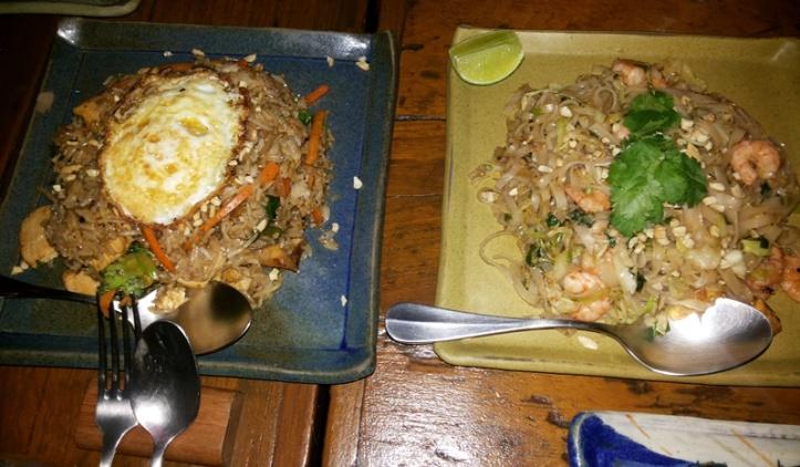Jantar no restaurante tailandês no Leblon, Nam Thai