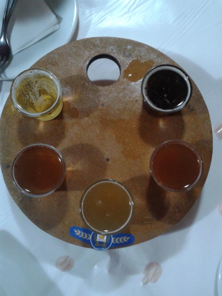 Degustação de cerveja no restaurante Casa do Fritz em Penedo
