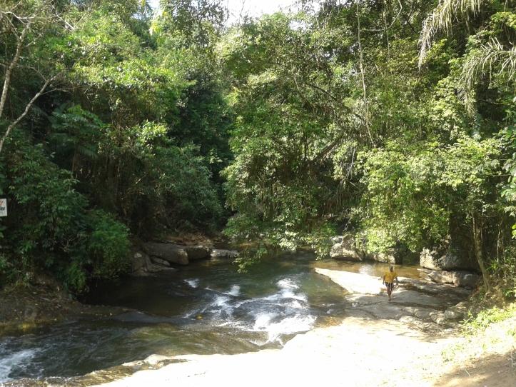 Queda d'água do rio das Pedras em Penedo