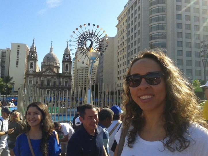 A deslumbrante pira olímpica no Boulevard Olímpico