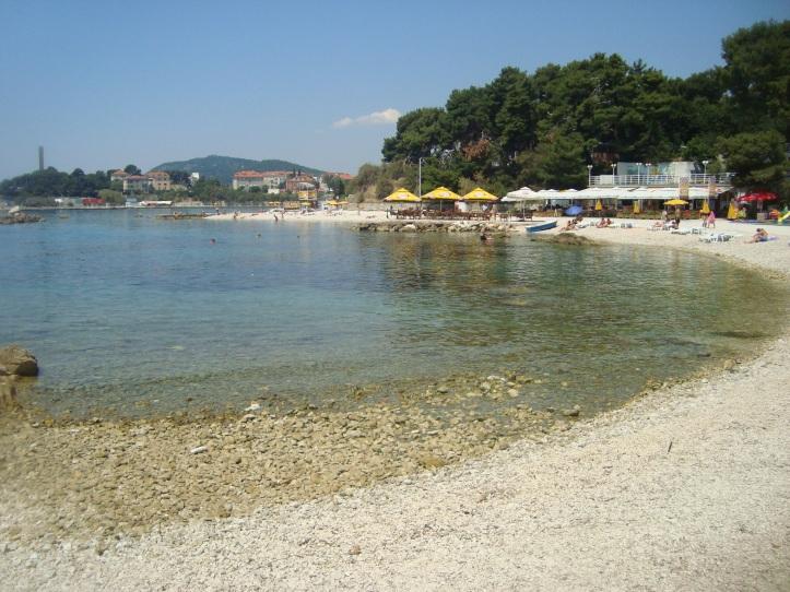 Firule - praia de pedras em Split