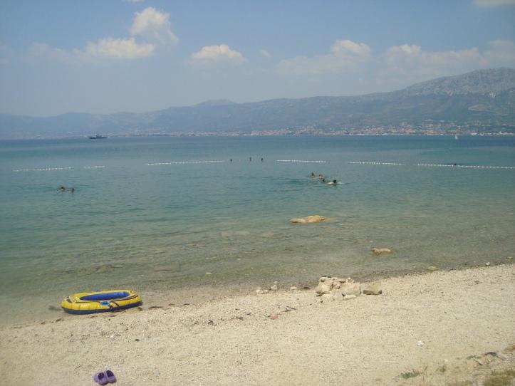 Pit stop para o banho em uma praia junto a uma das marinas