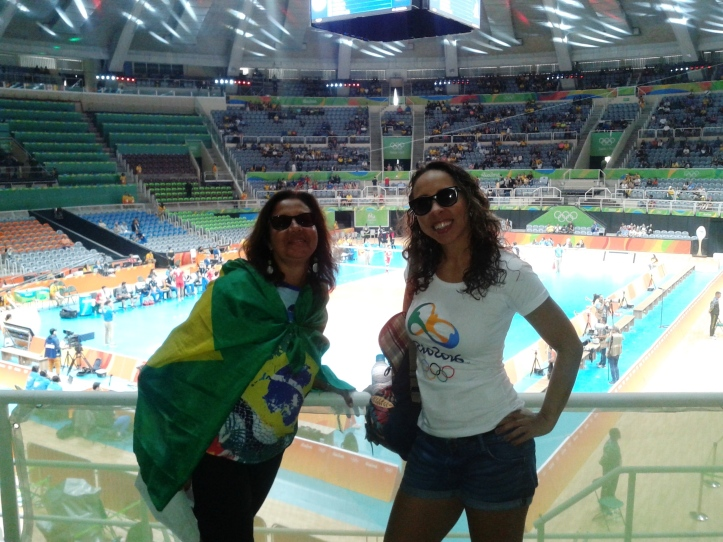 Vôlei de quadra masculino no Maracanãzinho com minha tia Silvana