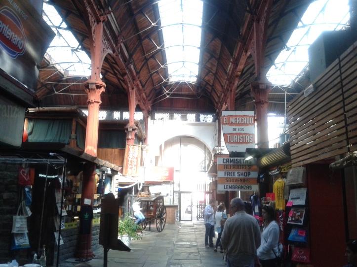 Interior do Mercado do Porto