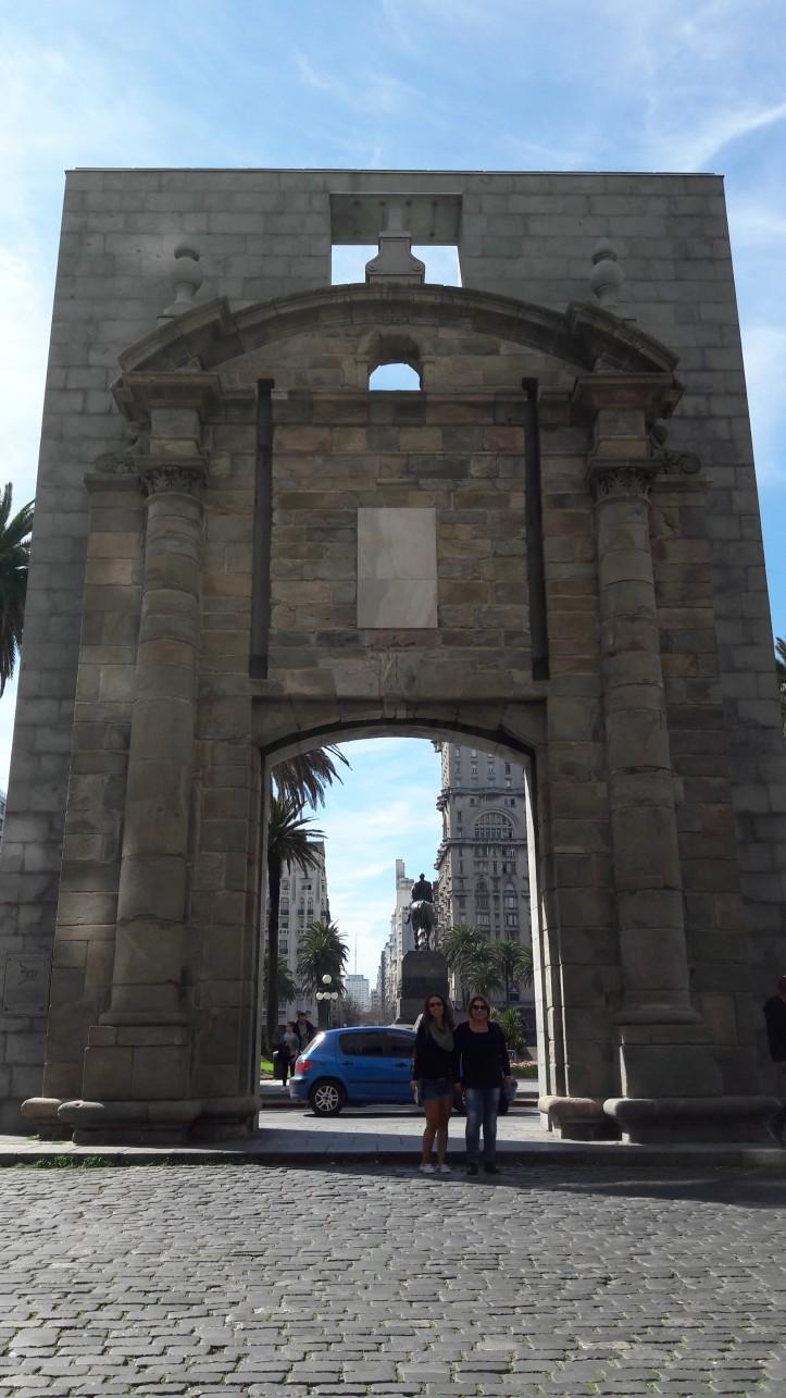 """Porta da Ciudadela pelo lado da """"Cidade Velha"""""""