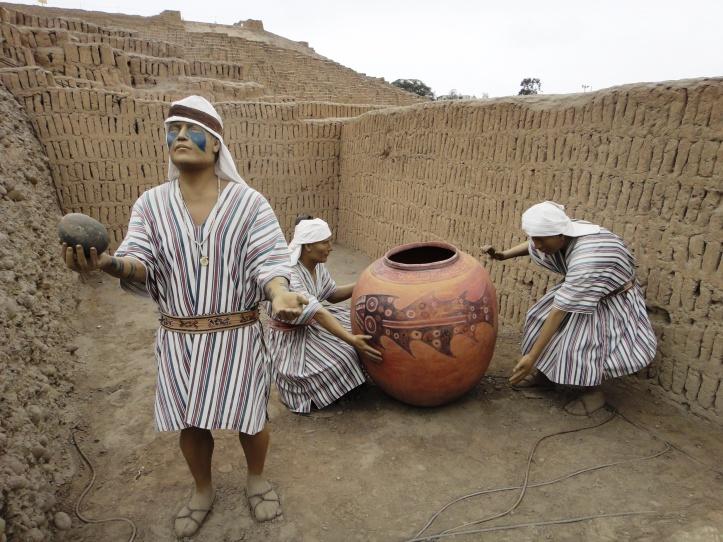 Huaca Pucllana - reconstituição de ritual de oferenda