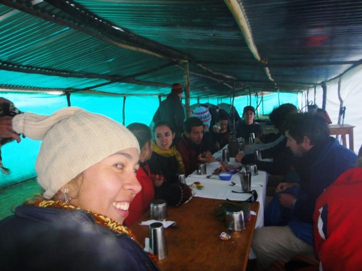 Chá de boas vindas no acampamento