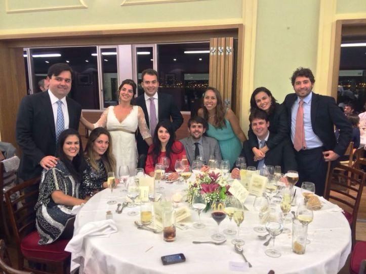 Galera de Maceió com a noiva
