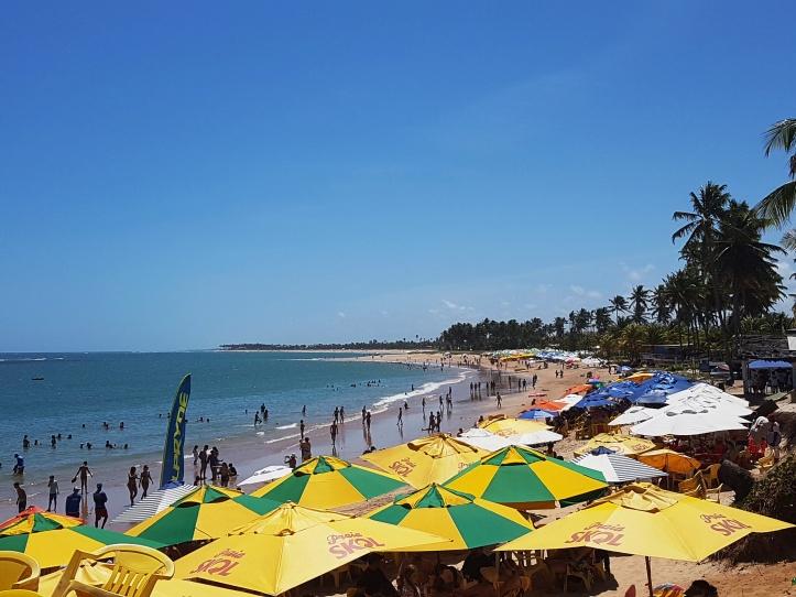 Praia de Guarajuba - barracas