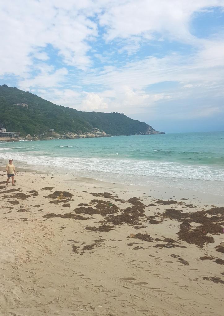 1- Praia em frente ao hotel-01