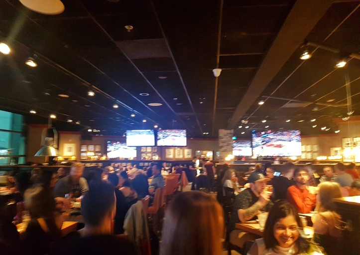 40 - Jack Astors lotado-01.jpeg