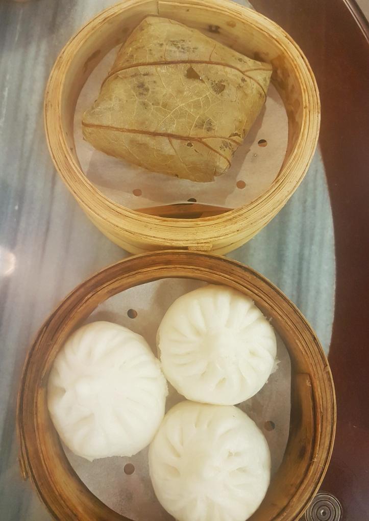 43- arroz na folha de lotus e buns de porco e verdura-01